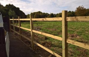 Country Park replacement fencing